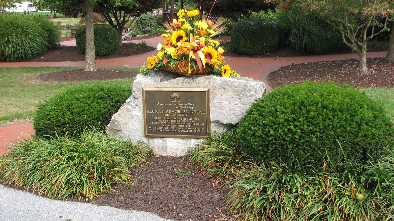 Alumni Memorial Grove