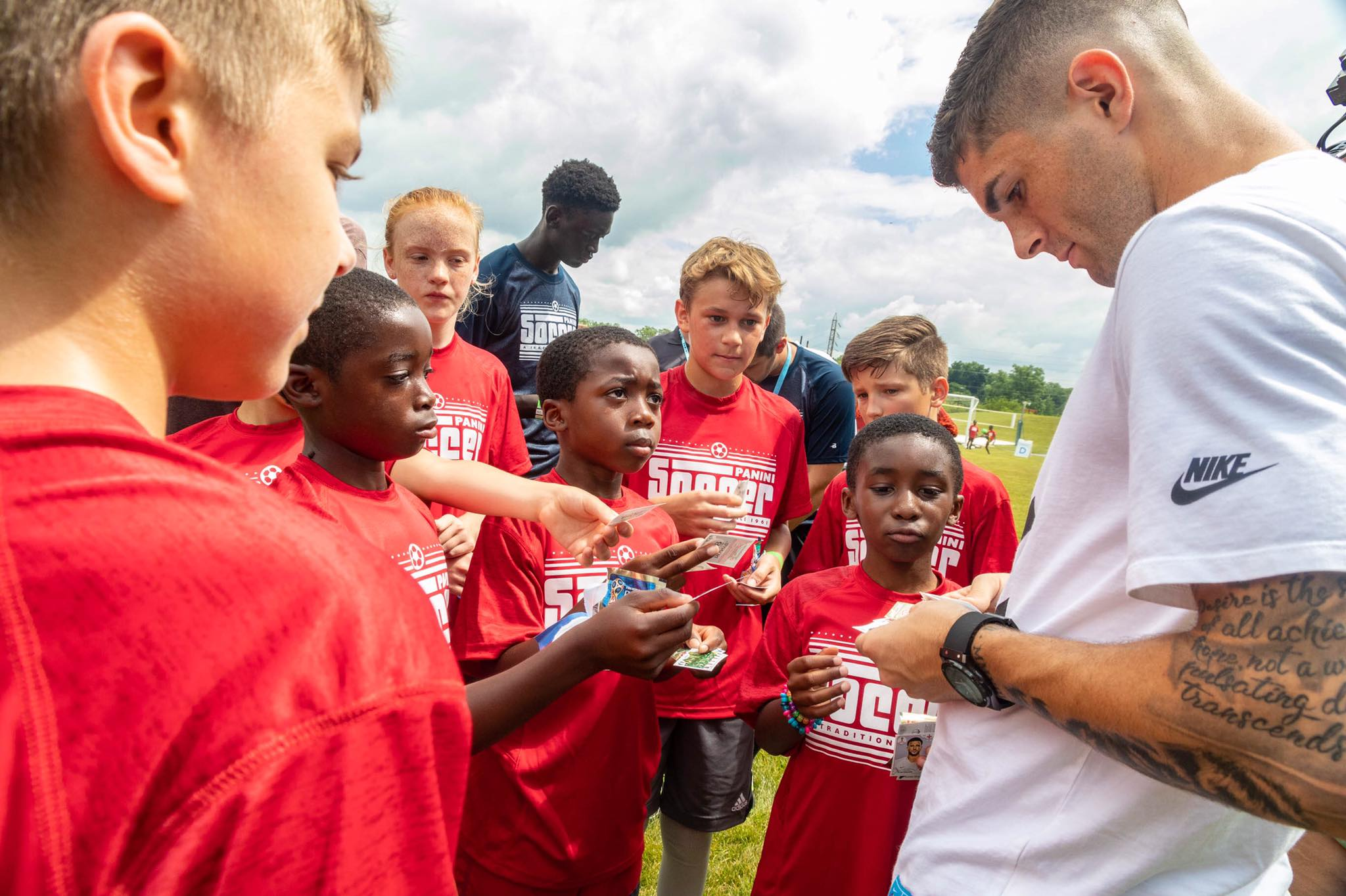 MHS students meet professional soccer player Christian Pulisic