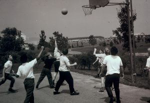 MHS students playing intramural basketball