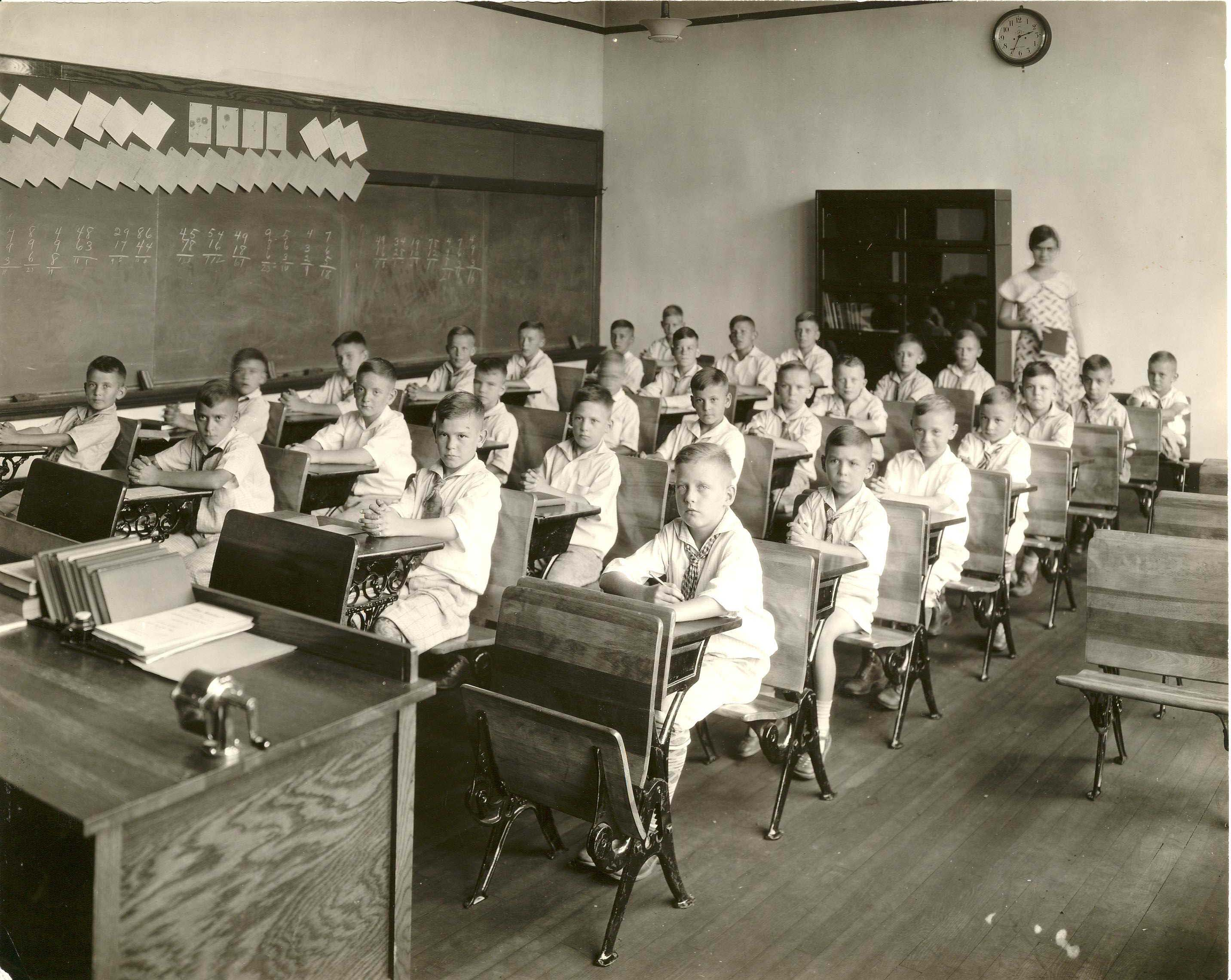 Fourth-graders during the 1930s