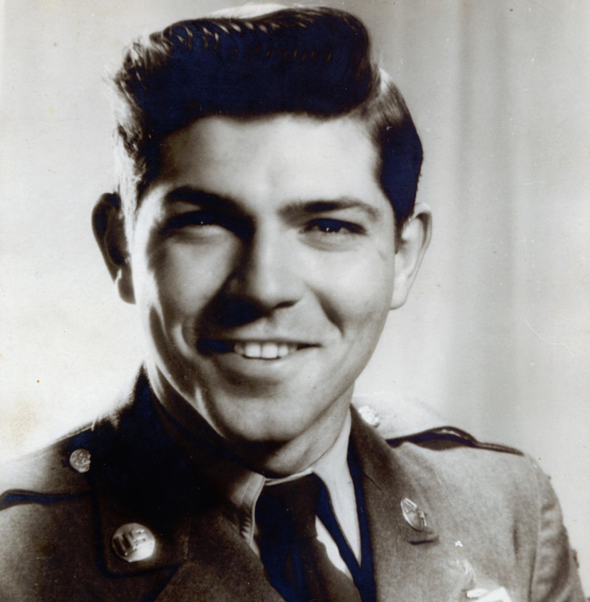 Alumnus Gene Lowe