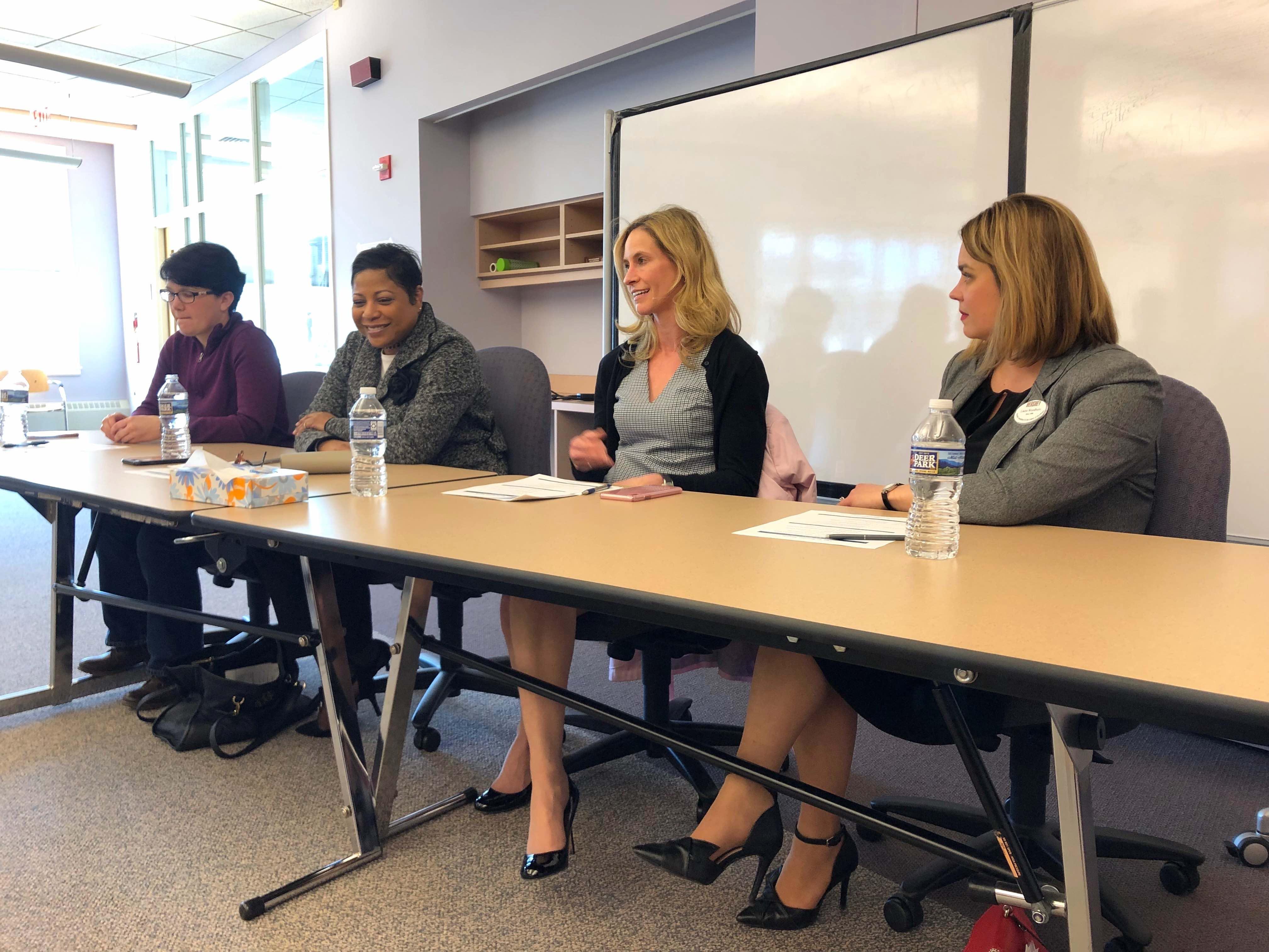 Four female leaders held a leadership workshop for MHS students